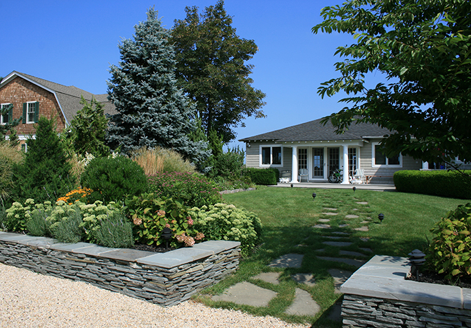 Hamptons landscaping amazing is to beautify a landscape for Hamptons home and garden design penarth